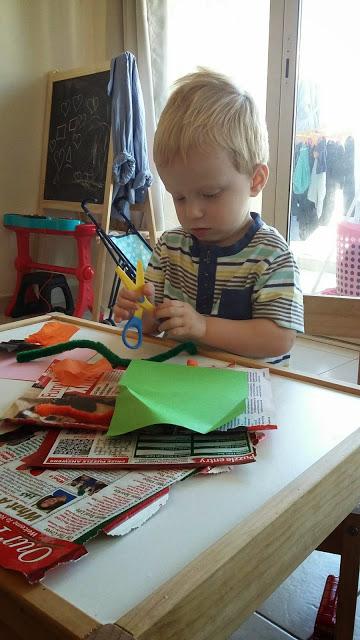 Quick morning toddler crafts