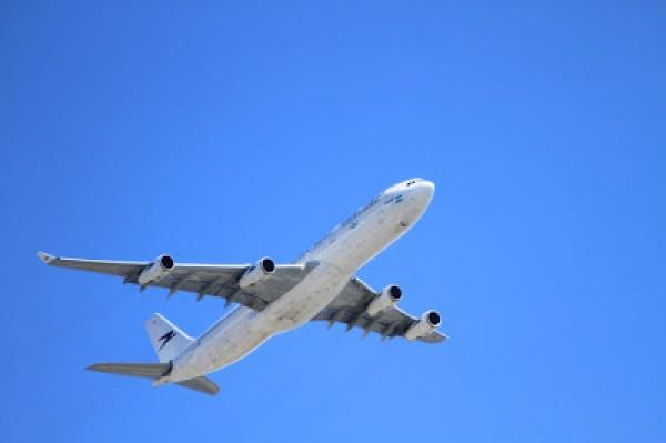 plane-50893_1280
