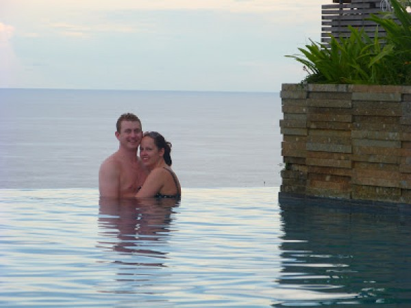 Bali clifftop pool