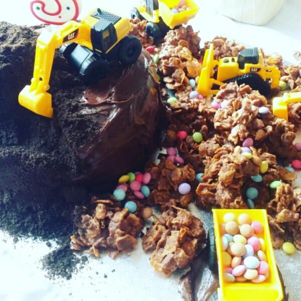 digger chocolate cake