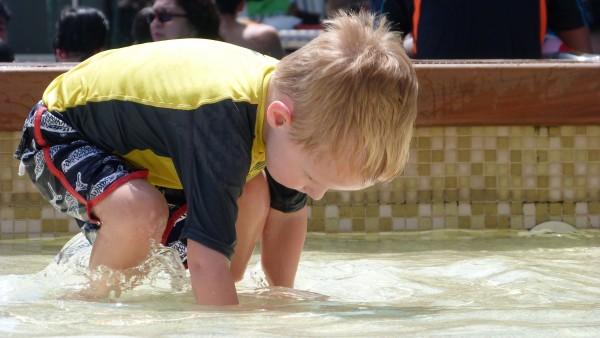kids swimming pool yas island rotana