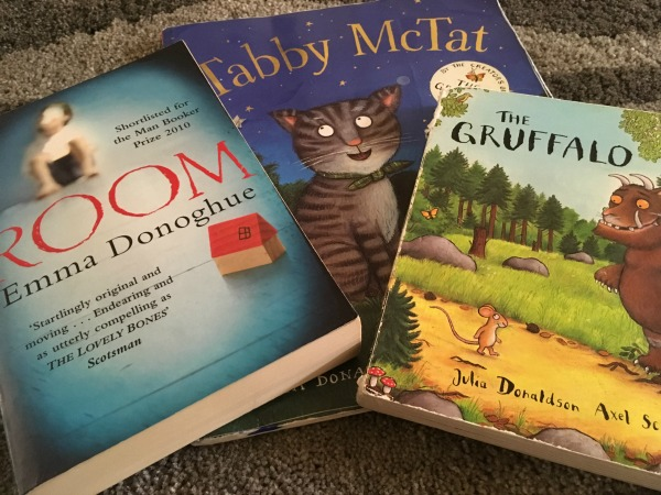 books for hand luggage on long haul flight with toddlers