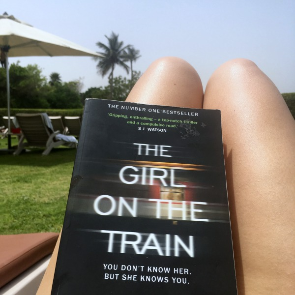 The need for alone time as an extrovert - reading the girl on the train