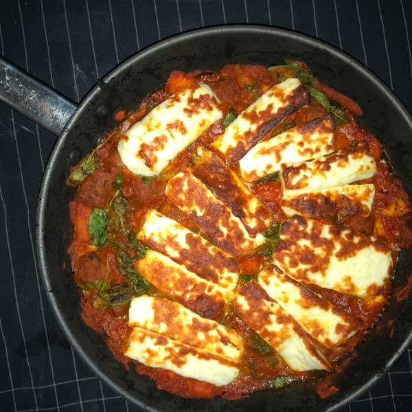 lamb sausage and halloumi bake meal plan